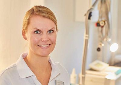 Dr. med. Jantje Gerlach Fachärztin für Chirurgie, derzeit in Weiterbildung zur Fachärztin für Allgemeinmedizin